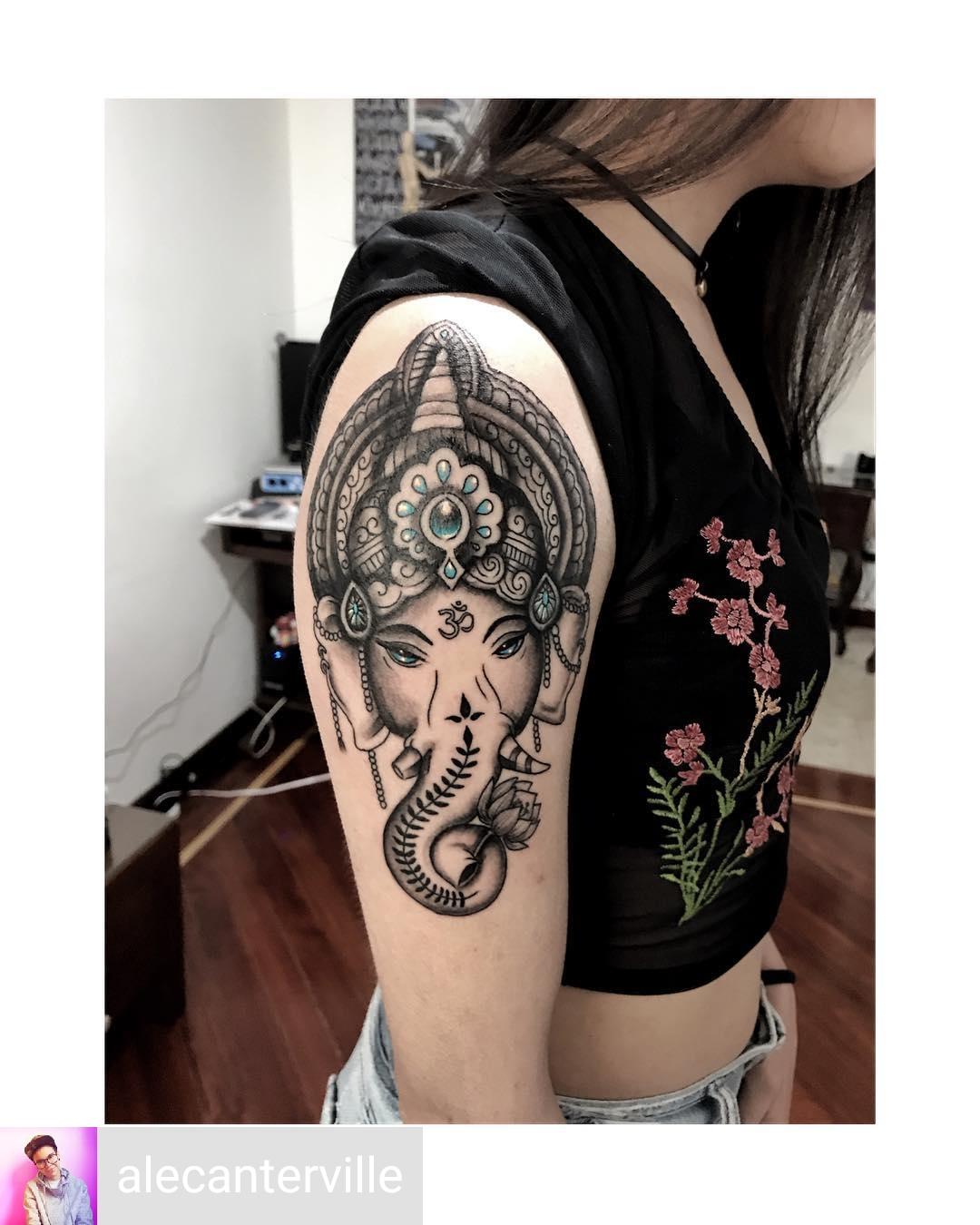 elefante tattoo ganesha