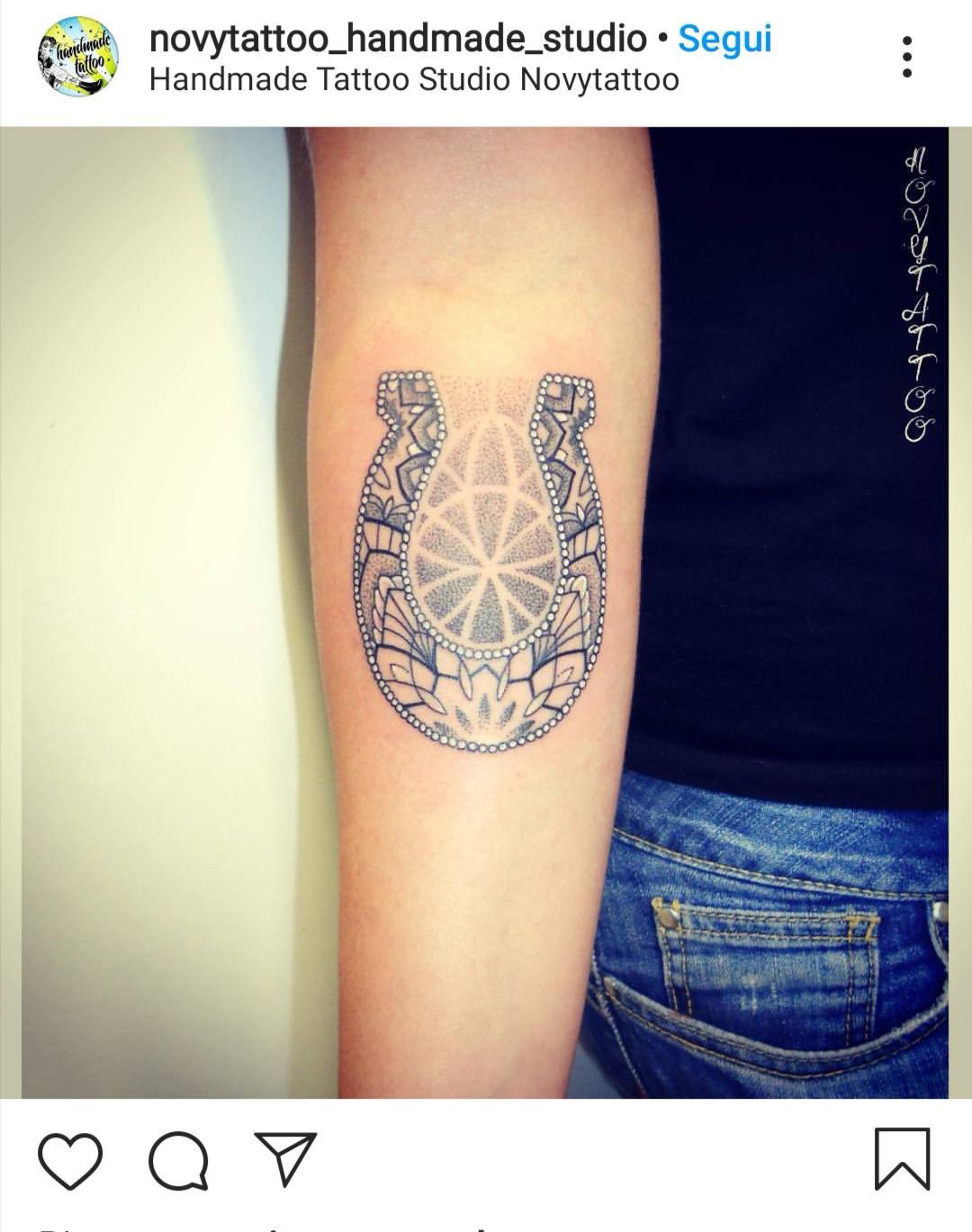 Ferro di cavallo tattoo